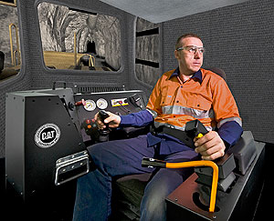 UG360 Simulator with Caterpillar R1700G