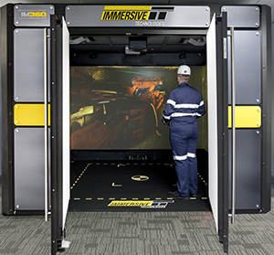 Surrounded by 360° of high definition screens the RealMove™ feature allows trainees to freely walk around their mine site and practice responding to events such as emergency evacuations.