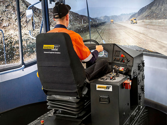 Training Simulator Module for Volvo A40F Articulated Dump Truck on PRO4